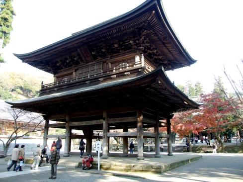 KamakuraRoofGate
